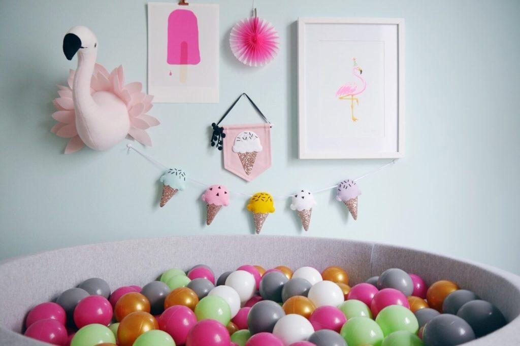 Bällebad: Das schönste Geschenk für Babys und Kinder