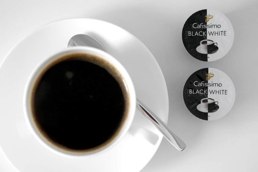 Unzertrennlich: Mein Kaffee und ich // Tchibo Cafissimo MINI im James Rizzi Design + Verlosung