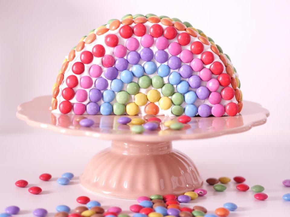Der Schonste Regenbogenkuchen Fur Den Kindergeburtstag