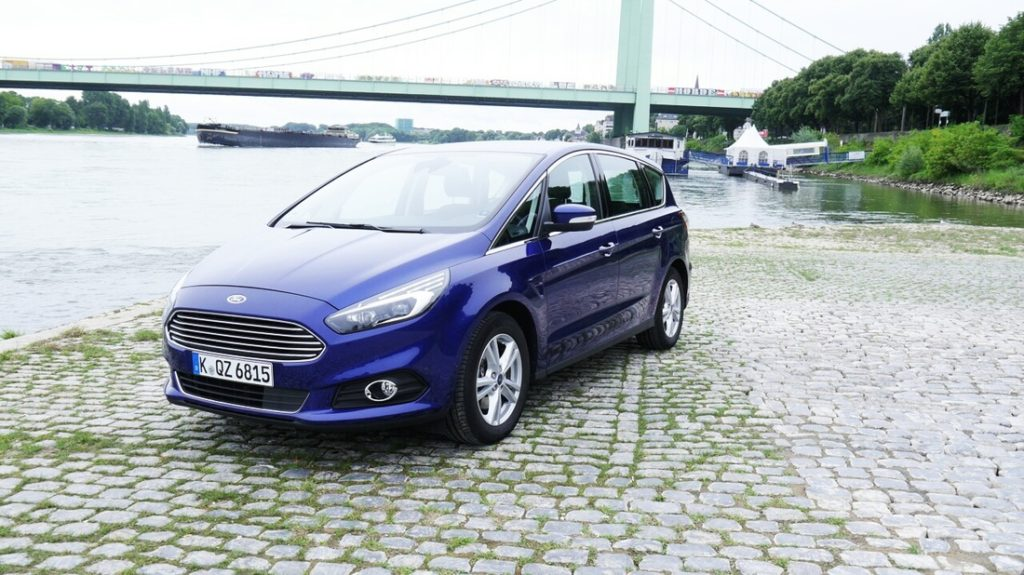 Family, Fun & Ford: Papa On The Road – der  S-MAX im Test #1