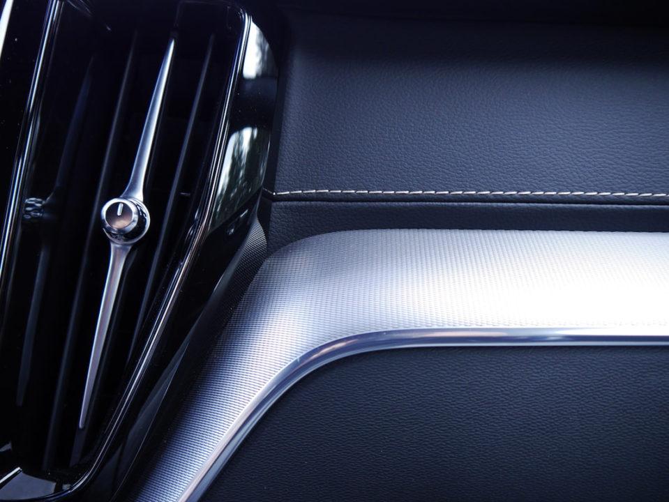 Volvo-XC60-interieur