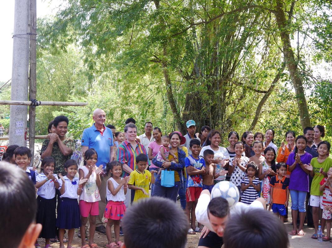 zahnbuersten-kambodscha