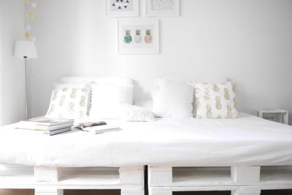 DIY Palettensofa- Groß, gemütlich, stylisch