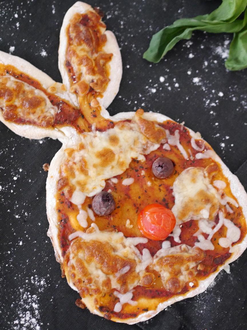 kinderpizza-hase