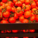 Tomaten in Kiste