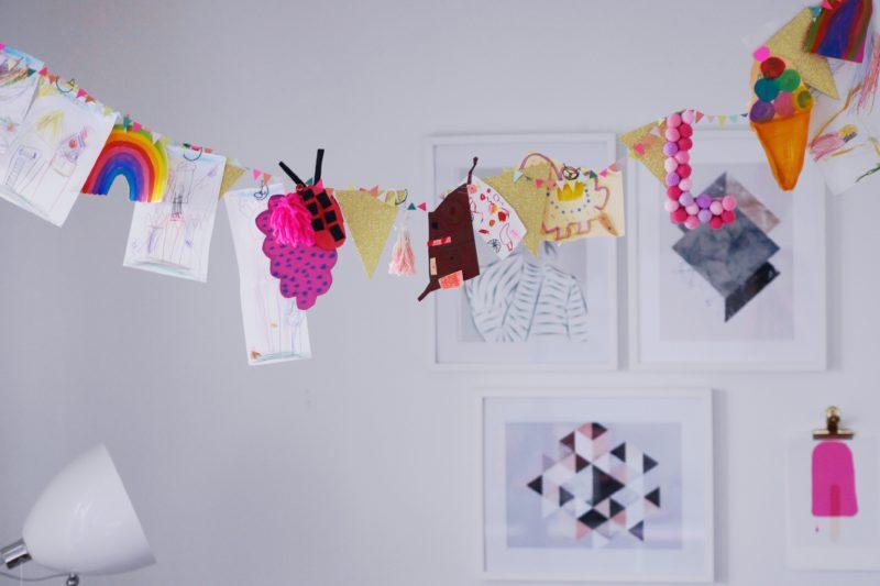kinderzeichnungen aufhängen
